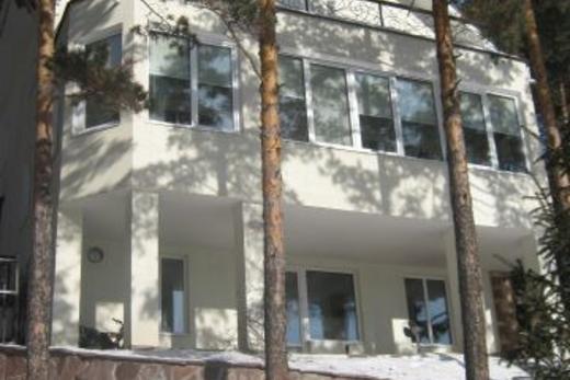 Коттедж, 300 м² в Красноярске